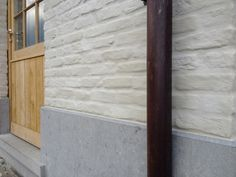 Resultaat NA nauwkeurig afplakken ramen/deuren/dorpels