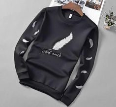 Mens T-shirt Long Sleeve Crew Neck Tee Feather Logo Casual Sweatshirt Tops Casual Tops, Men Casual, Hip Hop, Sneakers Fashion, Long Sleeve Shirts, Autumn Fashion, T Shirt, Menswear, Mens Fashion