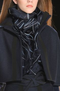Carolina Herrera Fall 2012 - Details