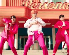 The perfect Jimin BoyWithLuv Animated GIF for your conversation. Discover and Share the best GIFs on Tenor. Bts Jin, Bts Jungkook, Bts Big Hit, Living Under A Rock, Moving Pictures, My Daddy, Rap Monster, Yoonmin, Baby Boy