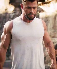 ChrisHemsworth4Fans (@chrishemsworth4fans) posted on Instagram • Jun 7, 2021 at 1:45am UTC Chris Hemsworth, Ronaldo, Cute Guys, Thor, Fitness Inspiration, Tank Man, Instagram, Mens Tops, Lifestyle