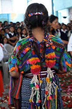 Estilo Latino, colores y tejidos <3