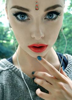 Gorgeous 3 Beauty Third Eye Piercing Dermal Piercing Facial Piercings