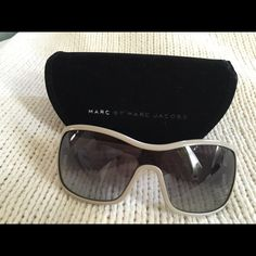 Marc by Marc Jacobs Sunglasses 100% authentic Marc by Marc Jacobs 020 single -shield sunglasses with wide logo stamped arms and gradient lens. Marc by Marc Jacobs Accessories Sunglasses