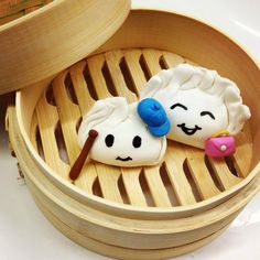 Meet our cake dumplings!LOL, we can go for some weekend cake dumplings! (viababybeasbakeshop)
