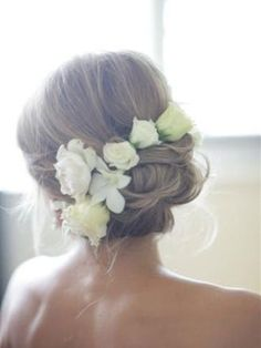 Real flowers in hair - Love this! by jana