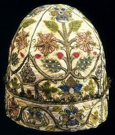 Man's embroidered nightcap, linen with coloured silk, spangles, silver-gilt thread and bobbin lace, England, 1600-1624