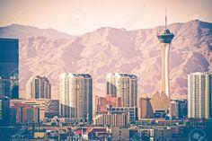 Sapphire Resorts Recommends Top Las Vegas Museums for Summer Fun Vegas Skyline, Skyline Art, Seattle Skyline, Las Vegas Tours, Las Vegas Nevada, Las Vegas Strip, Vegas Museums, Vegas Pools, Las Vegas Real Estate