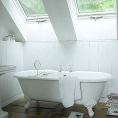 Would love an upstairs bathroom with windows like this.  SO AWESOME.