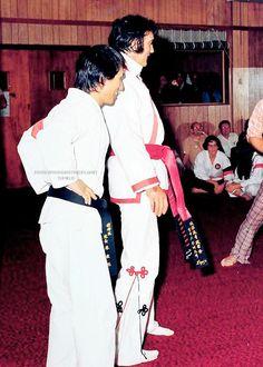 Elvis - Karate Exhibition 1974