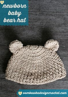 This post includes a free newborn baby bear hat pattern. A comfortable and cute baby bear hat - perfect for any newborn baby. Newborn Crochet, Crochet Baby Hats, Crochet Beanie, Baby Knitting, Chrochet, Crochet Diy, Crochet For Boys, Baby Patterns, Crochet Patterns