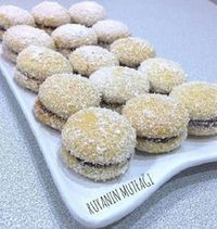 Hindistan Cevizli Sütlü Kurabiye – Tatlı tarifleri – Las recetas más prácticas y fáciles Nutella Cookies, Milk Cookies, Coconut Cookies, Cookie Recipes, Dessert Recipes, Turkey Cake, Turkish Recipes, Sweet Recipes, Holiday Recipes