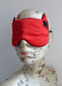 Sleep mask. Eye mask in red satin. Batman mask. Cat mask.