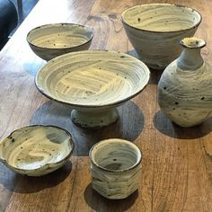 酒井敦志之さんの刷毛目シリーズぐい呑飯碗など充実してます酒井敦志之個展IGAPPE10/1まで #酒井敦志之 #笠間焼 #織部下北沢店 #陶器 #うつわ #器 #ceramics #pottery #clay #craft #handmade #oribe #織部 #織部下北沢店 #陶器 #器 #ceramics #pottery #clay #craft #handmade #oribe #tableware #porcelain