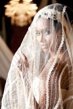 gorgeous veil, absolutely precious - OCBRIDEMAG.com's brides will adore this wedding veil