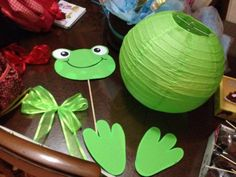 Craft Activities For Kids, Diy And Crafts, Crafts For Kids, Paper Crafts, Frog Baby Showers, Frog Birthday Party, Frog Theme, Frog Princess, Mermaid Parties