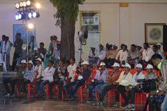 दंतेवाड़ा, सुकमा एवं बीजापुर जिलों के जनप्रतिनिधियों के बीच 'हमर छत्तीसगढ़' योजना की सांस्कृतिक संध्या में लोकसभा सांसद श्री दिनेश कश्यप मौजूद थे. कार्यक्रम के दौरान योजना की प्रतिक्रियाएं ली एवं मुख्यमंत्री डॉ. रमन सिंह के अभिनव पहल की प्रशंसा की. उन्होंने इसे ग्रामीण विकास का एक आधार बताया. श्री कश्यप ने जनप्रतिनिधियों को शिक्षा का महत्व समझाते हुए बताया कि सबसे जरूरी है शिक्षित होना. बाकी सारे क्षेत्र शिक्षा से जुड़े हुए हैं. https://www.facebook.com/hamarcg2016/posts/990793714352148