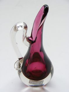 This piece is simply beautiful! Do you have one like it in your collection?
