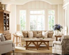 """Rosemont Homecoming"" sofa by Kincaid"