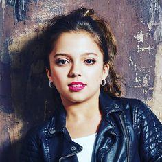 "Cree on Instagram: ""xoxo Cree 💋 💄@antonkhach 📷@rikerbrothers    💇  Brooke Harris"" Cree Cicchino Instagram, Nickelodeon Game Shakers, Nickelodeon Girls, Beautiful Women Pictures, Celebs, Celebrities, My Crush, Latina, Wwe Female"