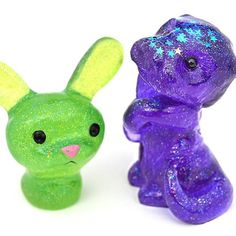 Some marvelous new photos of the critters are coming. #pocketowls are restocked and have new pics up in the shop and are matched with color names to make it easier to pick #resintoys #cute #otterypops #colorbunnies #smoothon #otter #bunny #green #purple