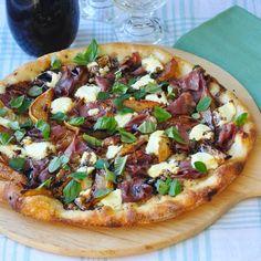 Unique pizzas. Like sundries tomato almond pizza