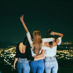 Bff best friend photos, best friend goals, 3 bffs, bestfriends, 3 f Bff Pics, Friend Pictures, Best Friend Fotos, Best Friend Photography, Leila, Friend Poses, Cute Friends, Best Friends Forever, Inspiring Photography