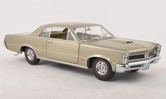 Pontiac GTO, met.-dark-beige 1965 Scale: 1:18 - Metal/plastic - Ready-made Sun Star - Nr. 186482