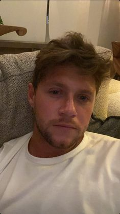Niall Horan Members Of One Direction, One Direction Harry Styles, One Direction Pictures, Niall Horan, Irish Singers, Niall And Harry, James Horan, Liam Payne, Larry