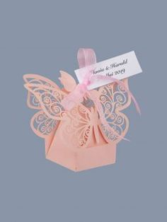 Marturii nunta cutiute fluture roz Place Cards, Place Card Holders, Baby, Baby Humor, Infant, Babies, Babys