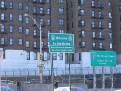 cant wait to see this sign! The Bronx New York, Bronx Nyc, Bronx Restaurants, Travel Pictures, Travel Photos, New Jack City, I Love Ny, Dream City, Urban Life