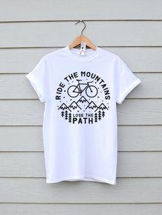 Bike Mountain Bike Shirt Hiking Shirt Graphic Tee Bike Shirt Gift Ideas Mountains T-shirts Tees Mountain Bike Tshirt Graphic Tee Clothing painting on clothes Bike Shirts, Hiking Shirts, Screen Printing Shirts, Printed Shirts, Geile T-shirts, Design T Shirt, Logo Design, T Shirt World, Vintage Design