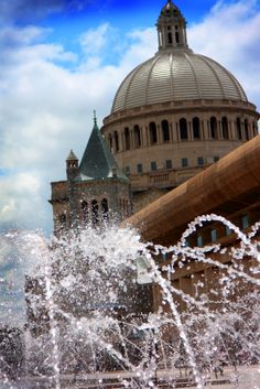 Fountain outside Christian Science Center in Boston - go here for the reflecting pool and fountain and great views of the Pru and skyline - check out www.whereverittakes.com for great travel stories about Boston and tons of other great places!