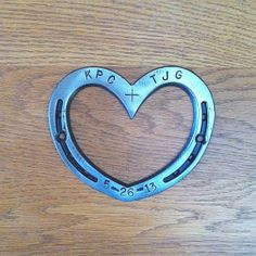 Wedding Unity Horseshoe heart, date & initials incl., for country or rustic decor. Oh my gosh I'm in love!! Now where's my cowboy!!