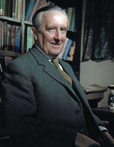 colorized by Jecinci // Tolkien was an English writer, poet, philologist, and academic, who is best known as the author of the classic high fantasy works The Hobbit, The Lord of the Rings, and The Silmarillion // source: facebook.com/jecinci High Fantasy, Fantasy Words, Hobbit, Literary Genre, English Writers, Writers And Poets, Book People, World Of Books, Jrr Tolkien