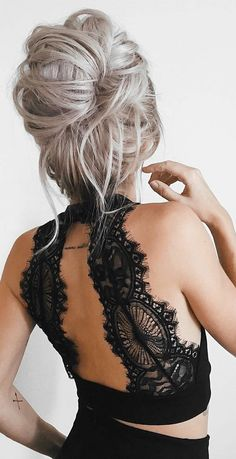 Hair for backless dress