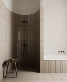 Design, motivation, and DIY a few ideas for renovationing your master bathroom on a tight budget. Awesome DIY home projects, inspiration for your home, and cheap remodeling tips for the master bathroom.