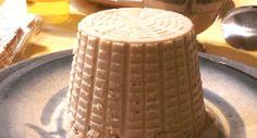 """Ecco la ricetta per preparare un """"formaggio"""" vegano di arachidi, originale e sfizioso, per sostituire con gusto il formaggio tradizionale"""