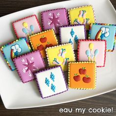 My Little Pony cutie marks cookies Little Pony Cake, My Little Pony Birthday Party, Tea Party Birthday, Birthday Cookies, 4th Birthday Parties, 5th Birthday, My Little Pony Pinata, Birthday Ideas, My Little Pony Decorations