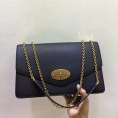 2017 Mulberry Large Darley Shoulder Bag Black Grain Leather 2bb2680a0722c
