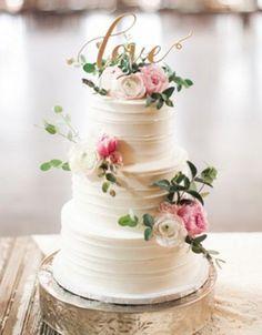 Картинки по запросу торт с макарунами и цветами
