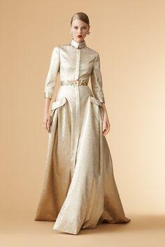 Carolina Herrera New York Resort 2017 - Visual 68 Modest Fashion, Hijab Fashion, Fashion Dresses, Lovely Dresses, Beautiful Outfits, Mode Ulzzang, Foto Fashion, Carolina Herrera, Designer Dresses