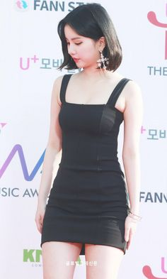 """""""The only thing I remember about Fact Music Award was They gave us this iconic looks of eunha and taehyung"""" Kpop Girl Groups, Korean Girl Groups, Kpop Girls, Cute Girls, Girls In Mini Skirts, G Friend, Cute Beauty, Beautiful Asian Girls, Body Types"""