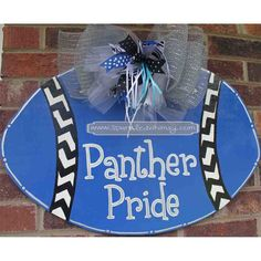 so doing this but changing the words to panther nation Football Homecoming, Homecoming Parade, Football Cheer, Panther Football, Carolina Panthers Football, Luke Kuechly, Panther Nation, Sports Wreaths, Cam Newton