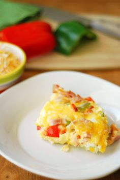 The best part of this crockpot Denver omelette casserole is that you can fill it with all the veggies you like!