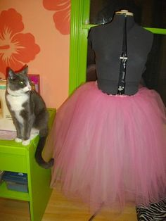 diy tulle skirt tutorial!