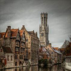 Bruges - one of my favorite places. I could go back there again and again.