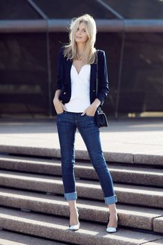 2014 : River Island Daisy jeans, blazer and heels, Camilla and Marc bustier top, Chanel bag