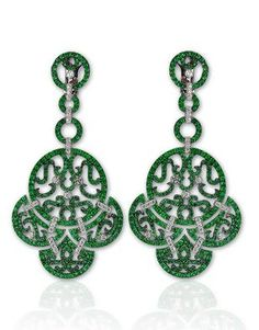 Lace Emerald Diamond Earrings | Jacob & Co.