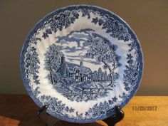 bced77f25d5f 3-Dinner-Plates-Queen-039-s-Brook-Blue-Pattern-England-NWT
